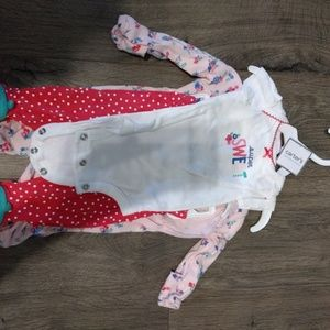 Carter newborn 3 piece set